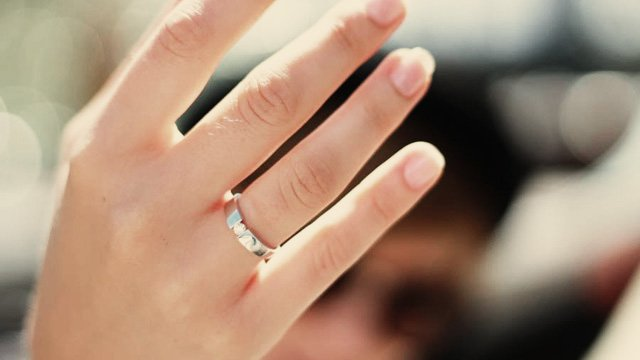 mia_ring
