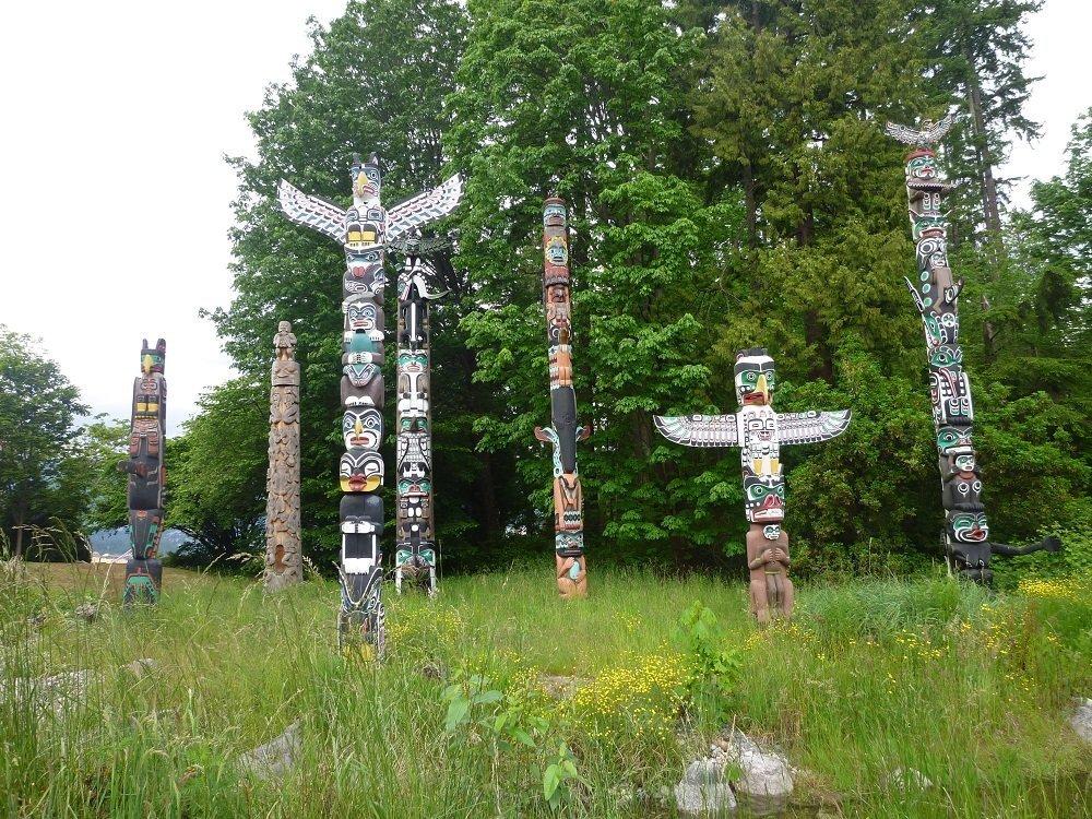 Die Totem-Pfähle in Stanley Park